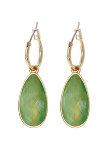 FACETED TEARDROP DANGLE EARRINGS | GREEN