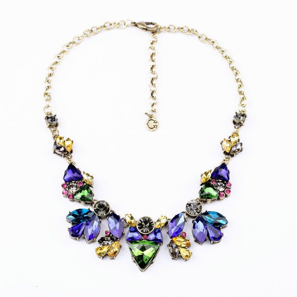 VINTAGE BLUE CRYSTAL STATEMENT NECKLACE