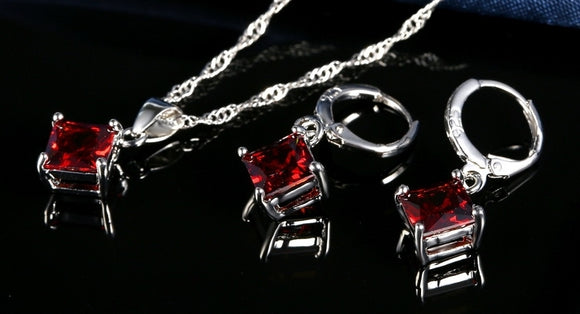 CLASSIC CRYSTAL PENDANT NECKLACE SET | ROMANTIC RED