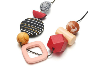 COLOR MIX GEOMETRIC NECKLACE | RED
