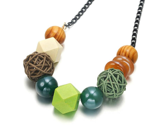 MIXED SHAPES GEOMETRIC NECKLACE | GREEN