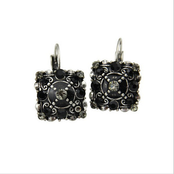 VINTAGE STYLE SQUARE BLACK LEVERBACK EARRINGS