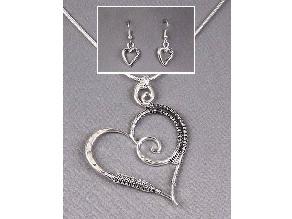 Tilted Heart Silver Wire Wrapped Necklace and Earrings Set - Lunga Vita Designs