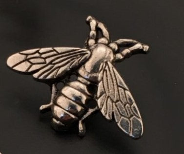 SMALL BEE PIN | GOLD