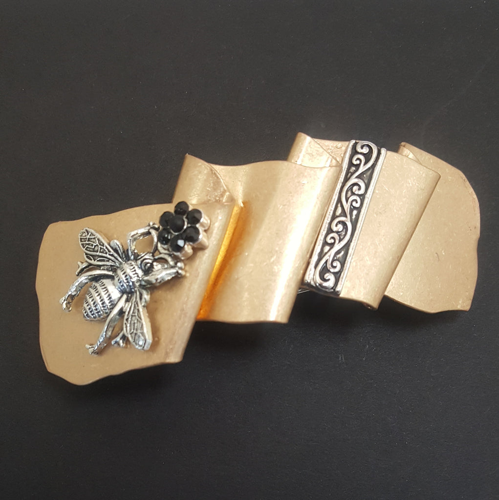 Matte Rippled Gold Hair Barrette with Bee - Lunga Vita Designs