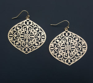 DELICATE FILIGREE LARGE EARRINGS | GOLD