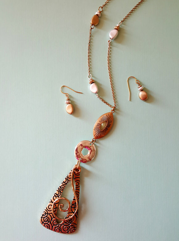 LONG TEXTURED SHAPES NECKLACE SET