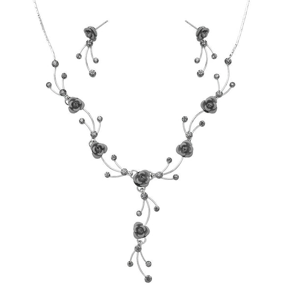 DELICATE ROSEBUD NECKLACE SET | GREY