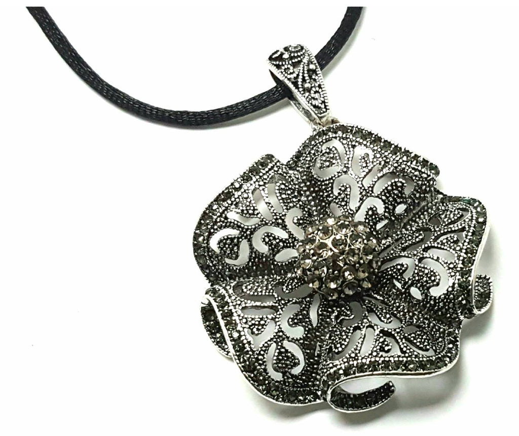 Marcasite Dimensional Pendant Necklace - Lunga Vita Designs