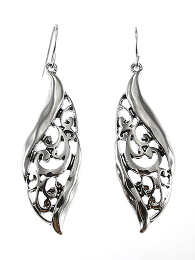 SILVER CURVED FILIGREE DANGLE EARRINGS