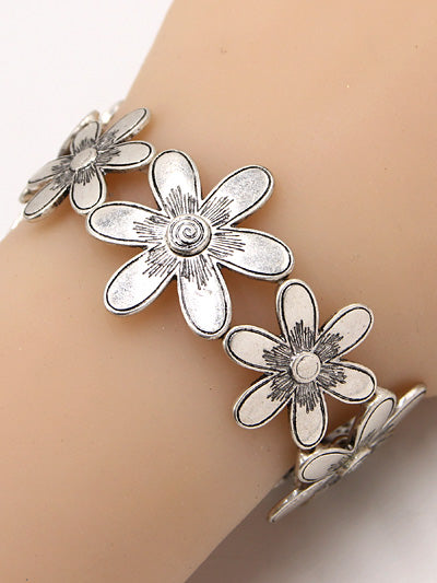 Matte Silver Stretch Bracelet with Daisies Joined Together - Lunga Vita Designs
