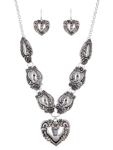 ANTIQUE SPOON INSPIRED HEART NECKLACE SET