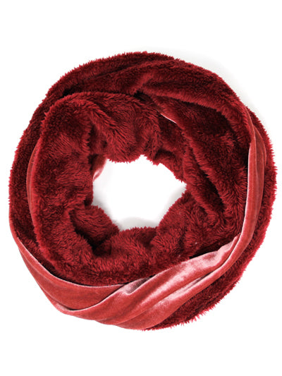VELVET AND FAUX FUR INFINITY SCARF | CORAL