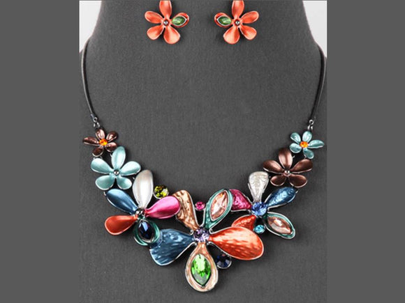 BRIGHTLY COLORED FLOWER NECKLACE SET