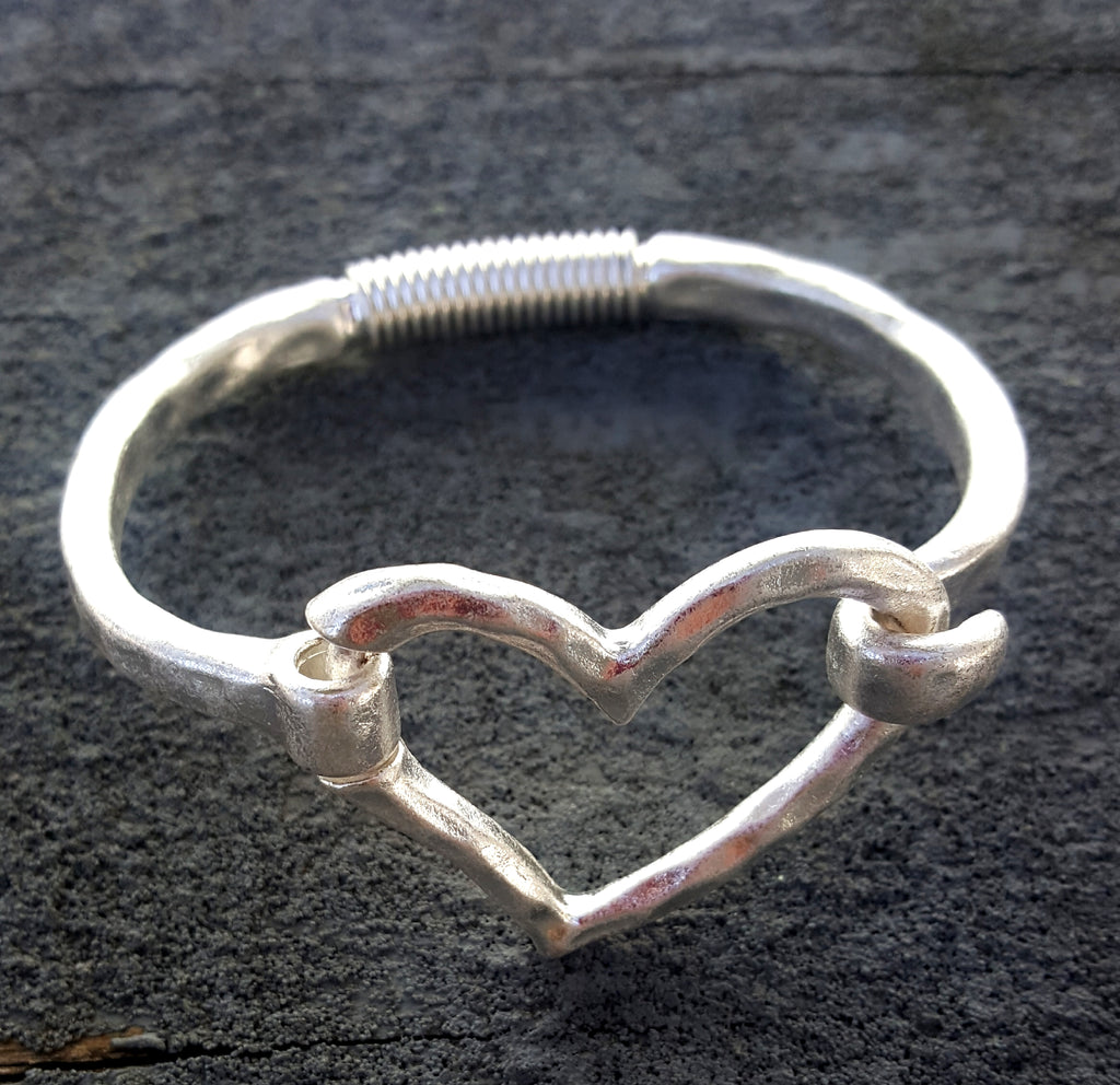 Heart Cuff Bracelet with Hook Closure | Worn Silver - Lunga Vita Designs