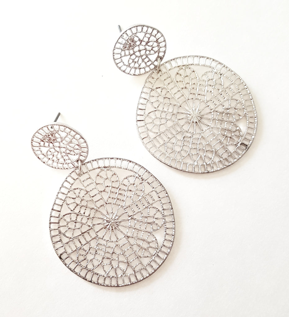 Double Circle Filigree Post Earrings | Matte Silver - Lunga Vita Designs