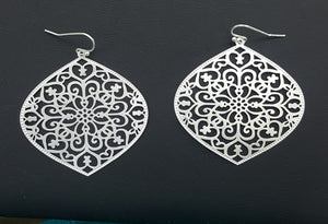 DELICATE FILIGREE LARGE EARRINGS | SILVER