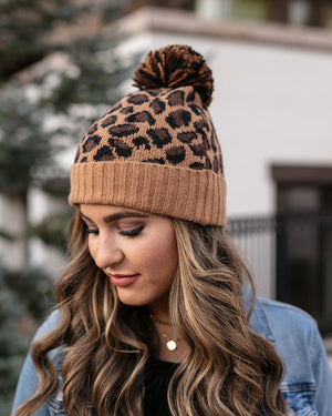 (**sale**) Cheetah Pom Hat