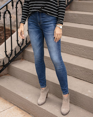 Favorite Fit Mid-Rise Jegging by Grace and Lace