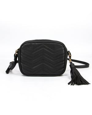 Quilted Crossbody Swing Bag in Black