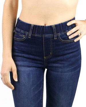 Classic Mid-Rise Pull On Cropped Jeggings -