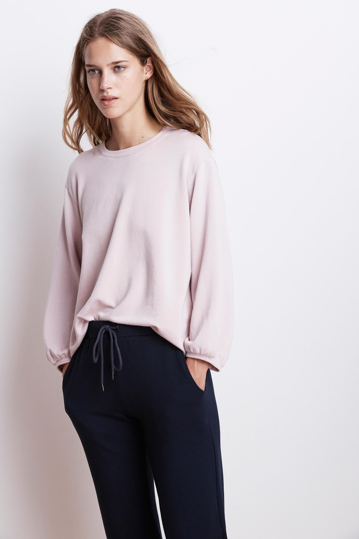 EMBER FLEECE CREW NECK TOP