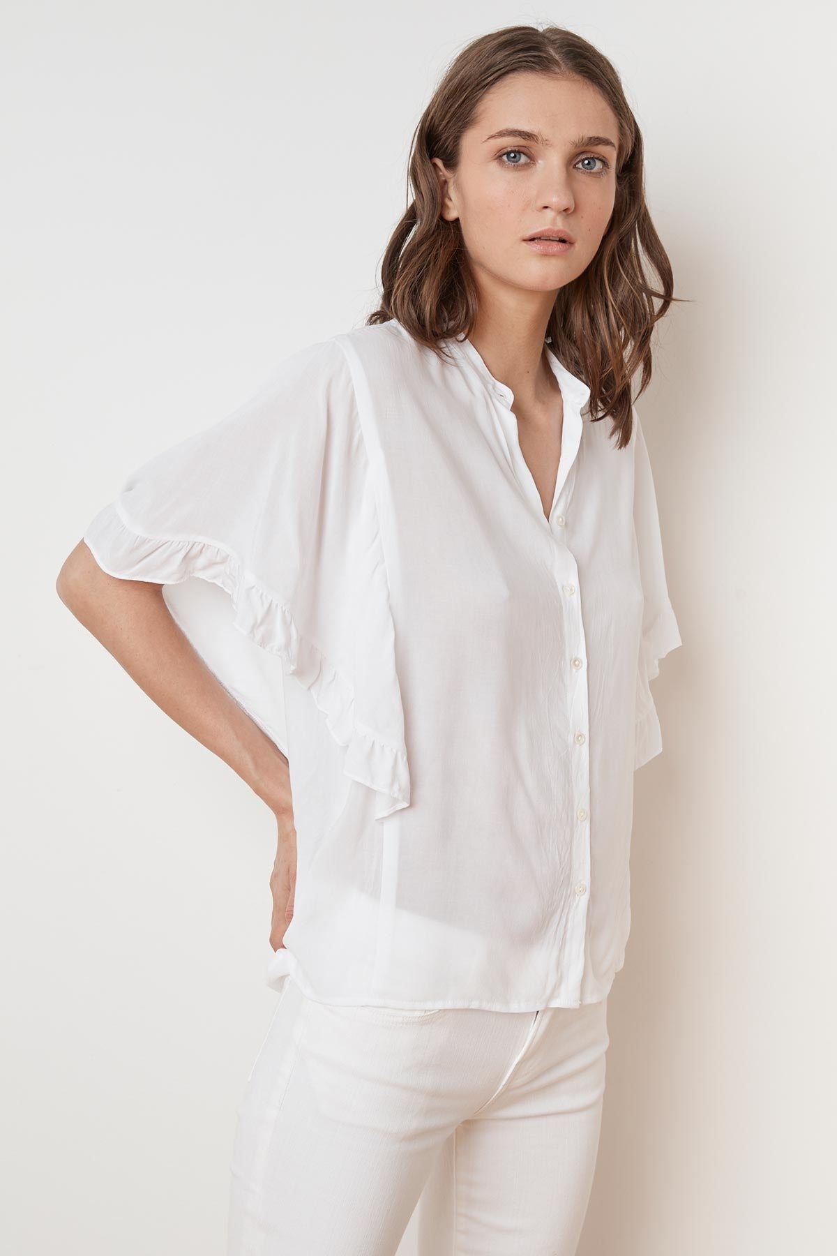 DARBY RAYON CHALLIS RUFFLE BUTTON UP TOP