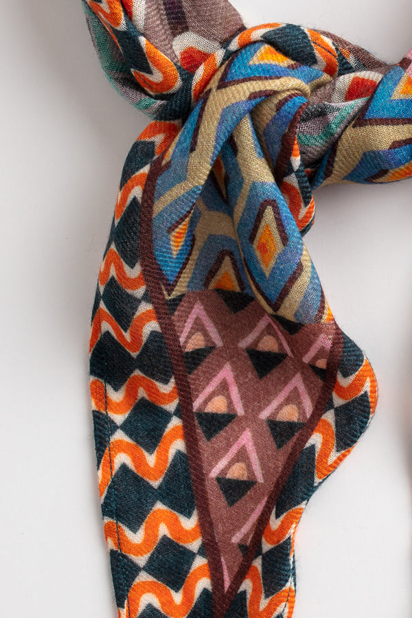 PRINTED DIAMOND SILK BLEND SCARF BY VISMAYA