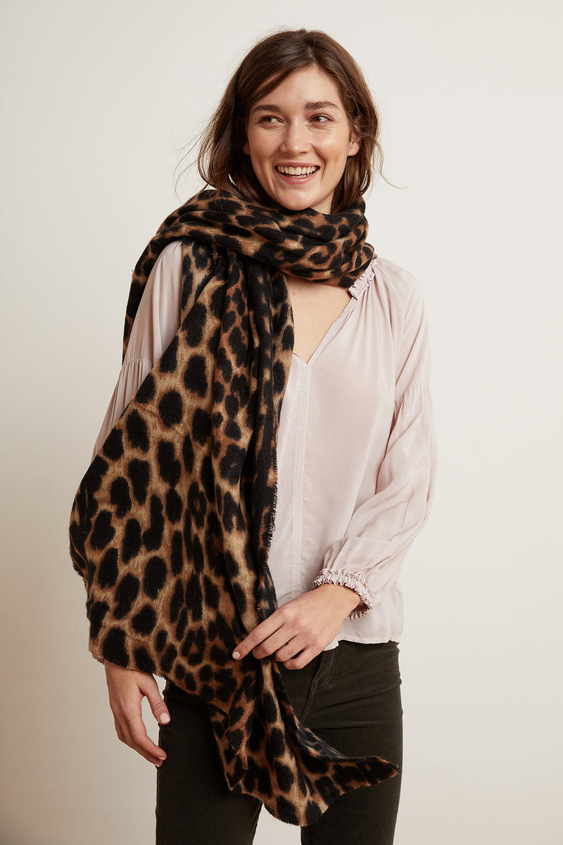 LEOPARD RAW EDGE SCARF