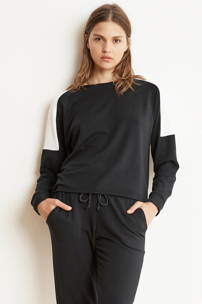 BRYN LUXE FLEECE COLORBLOCK PULLOVER IN BLACK