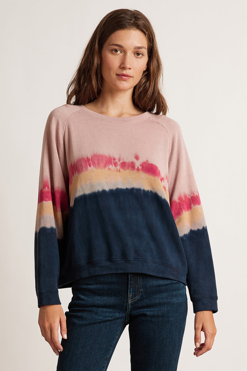 JAMIE LUXE FLEECE TIE DYE RAGLAN TOP