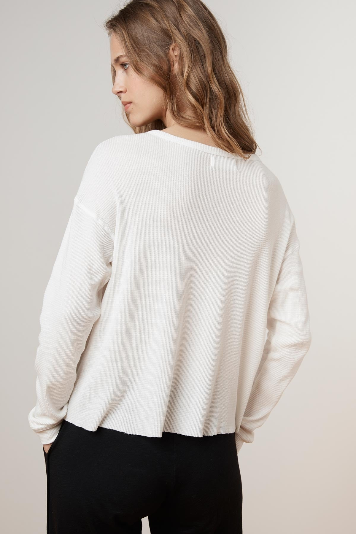 BUZZIE BABY THERMAL CROPPED LONG SLEEVE TOP