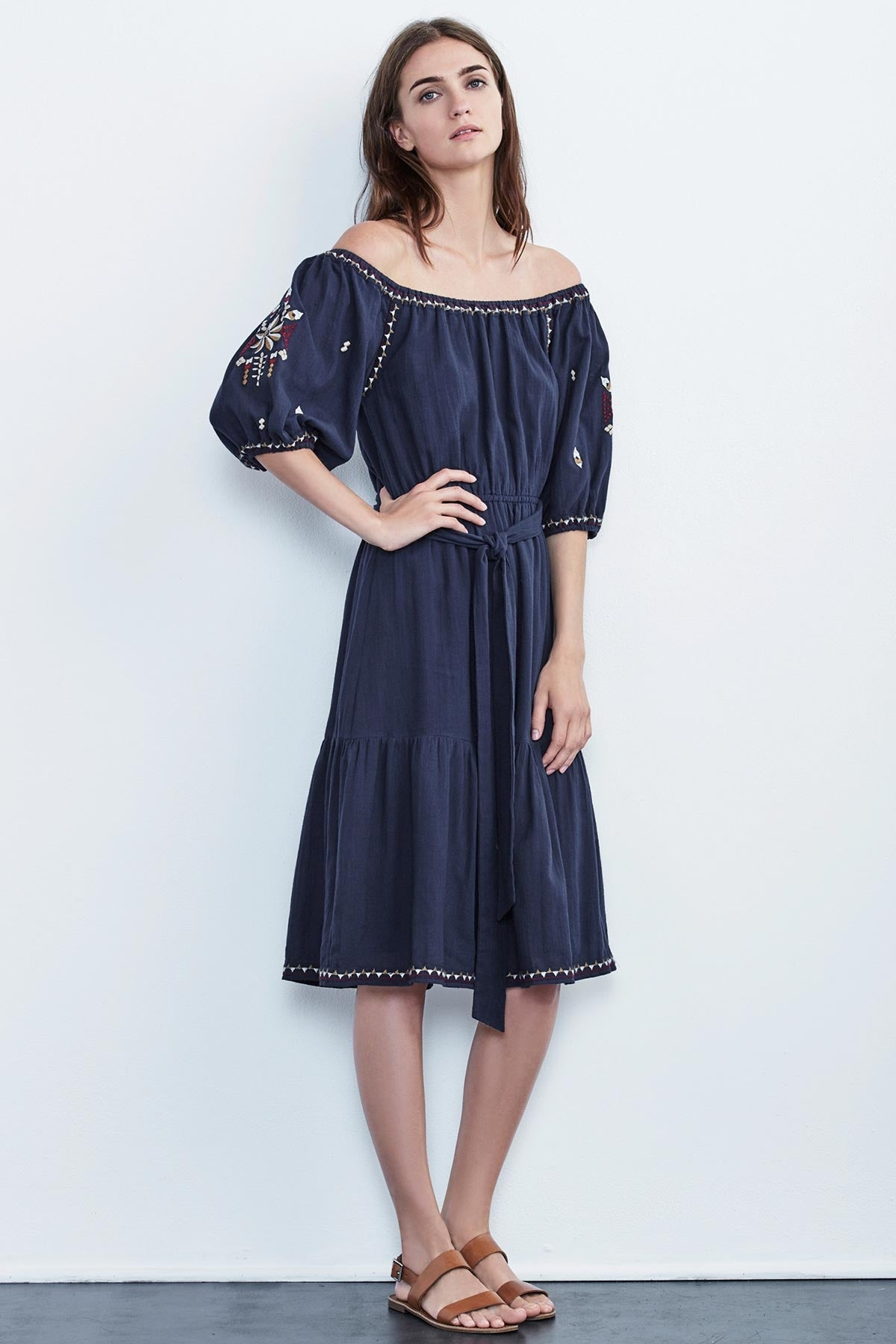 MONAE EMBROIDERED CRINKLE COTTON PEASANT DRESS