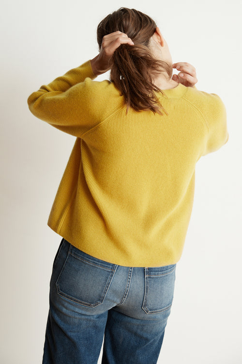 HALLE CASHMERE BLEND CROPPED CARDIGAN