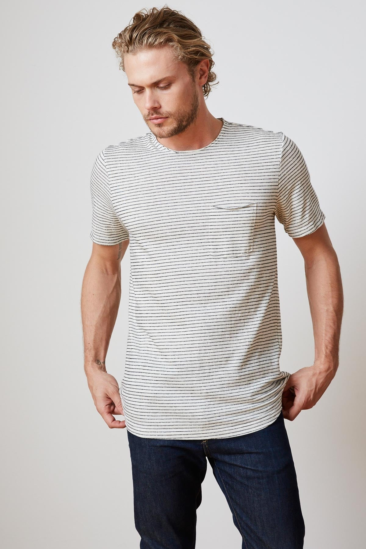 CID STRIPE CREW NECK TEE