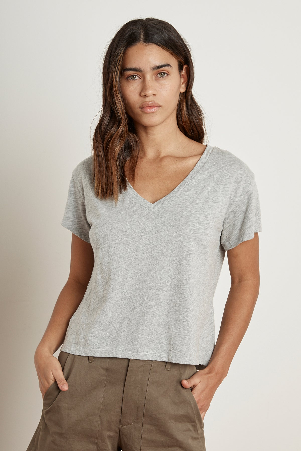 ELVA HEATHER GREY COTTON SLUB V-NECK TEE