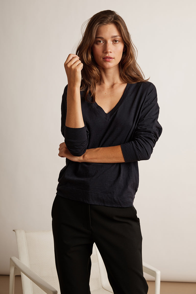 JANE COTTON SLUB LONG SLEEVE V-NECK TEE