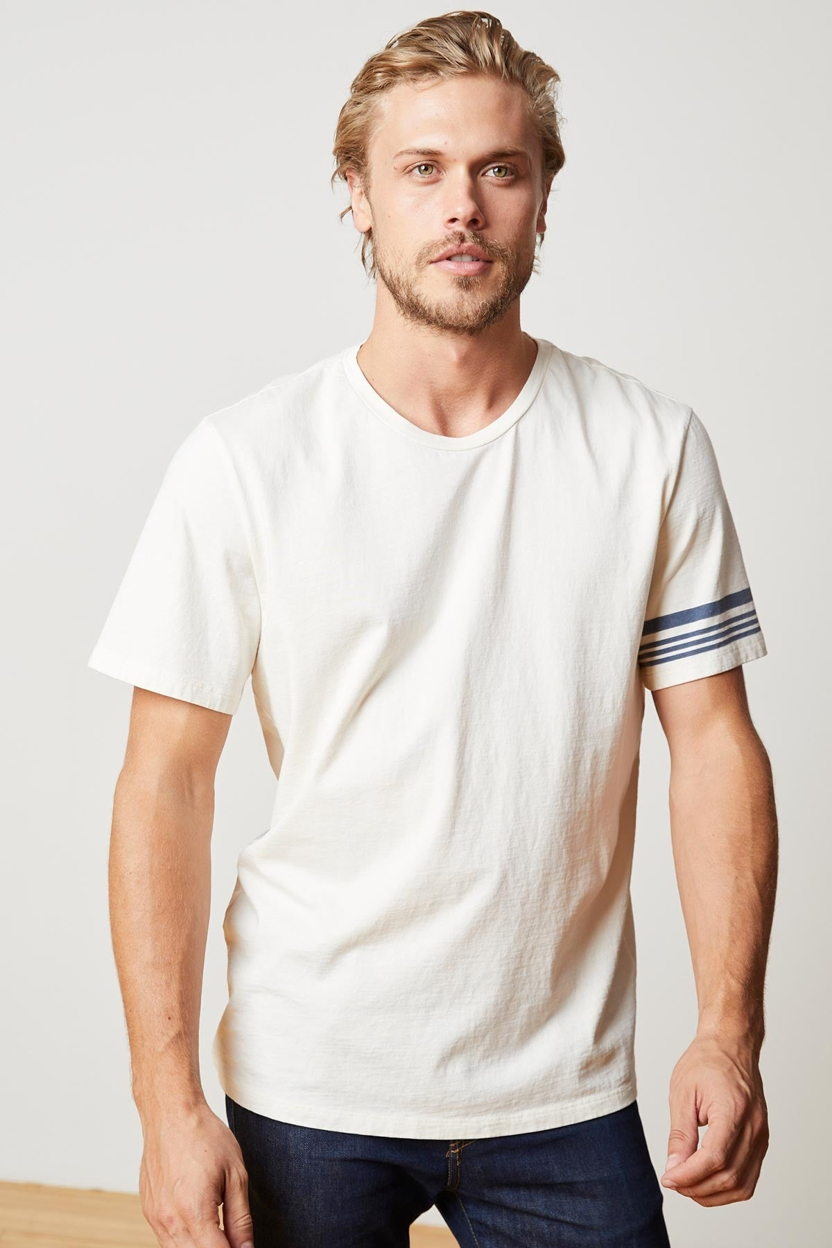 CHANDLER PRINTED STRIPE SHORT SLEEVE CREW NECK TEE