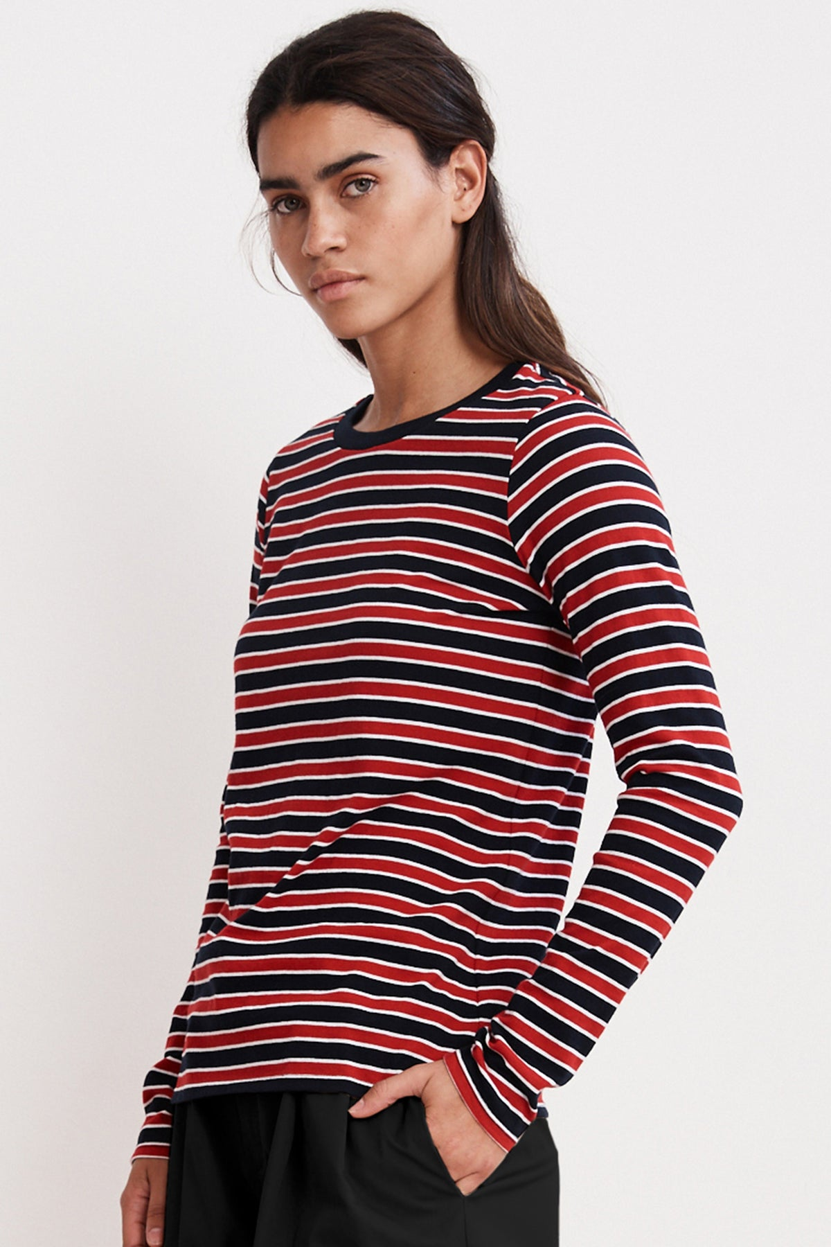 ARTY KNIT STRIPE CREW NECK TEE