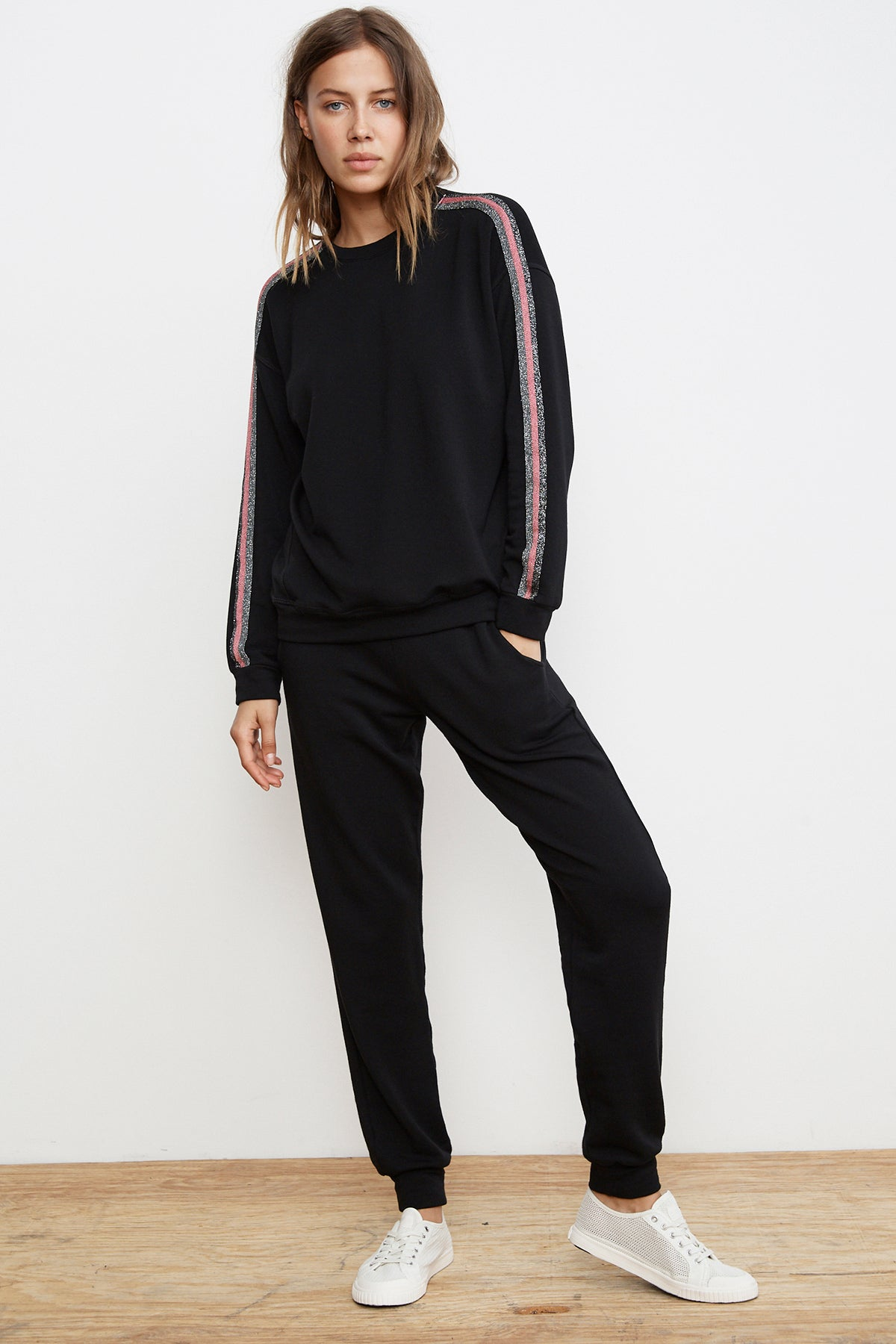 COLBY METALLIC TRIM LUXE FLEECE PULLOVER TOP