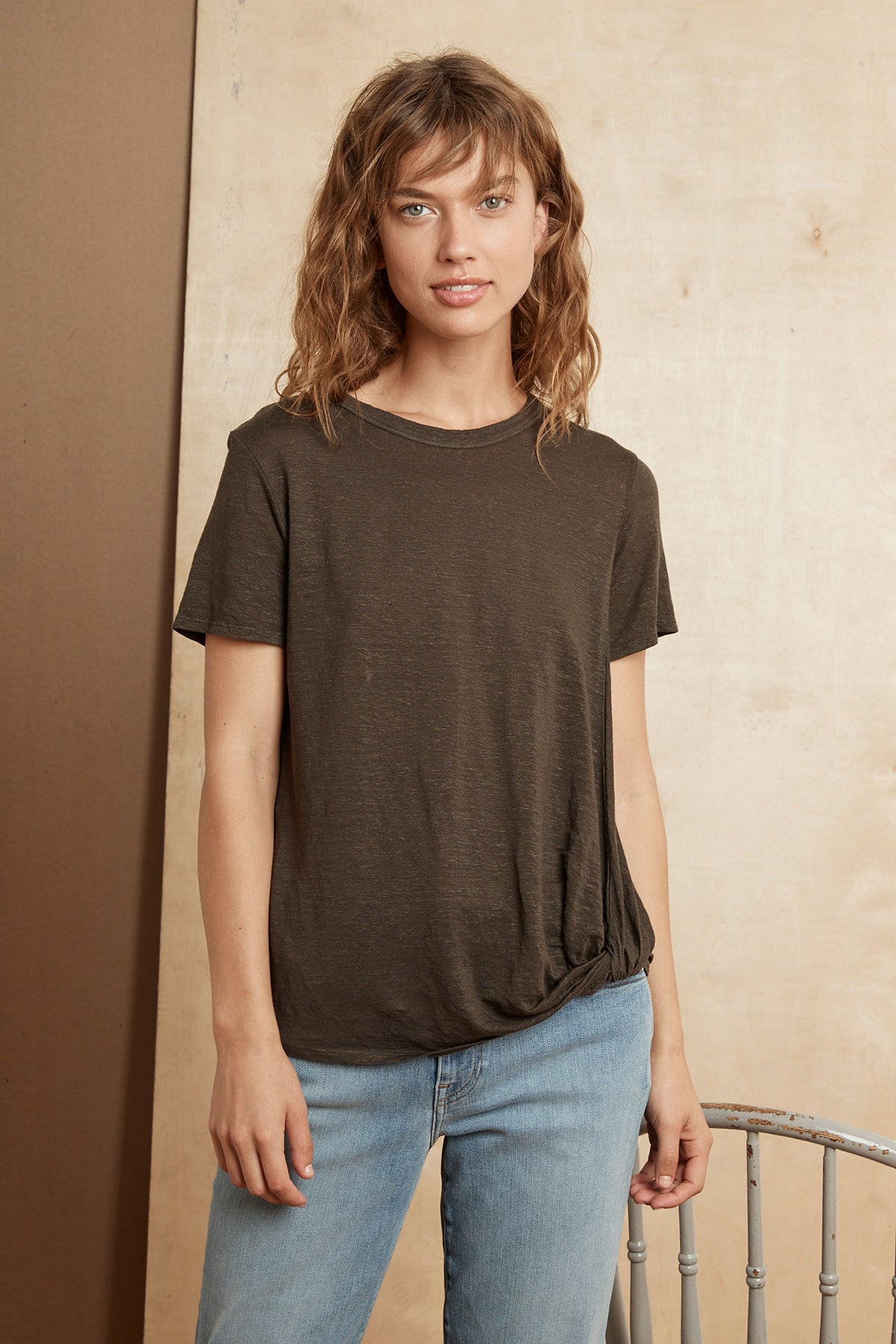 ALEC LINEN KNIT KNOT FRONT TEE