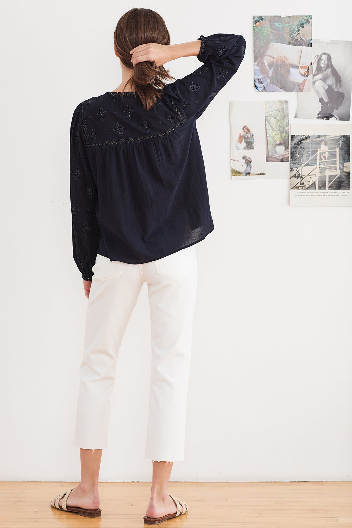 JACEY LUREX EMBROIDERY BLOUSE
