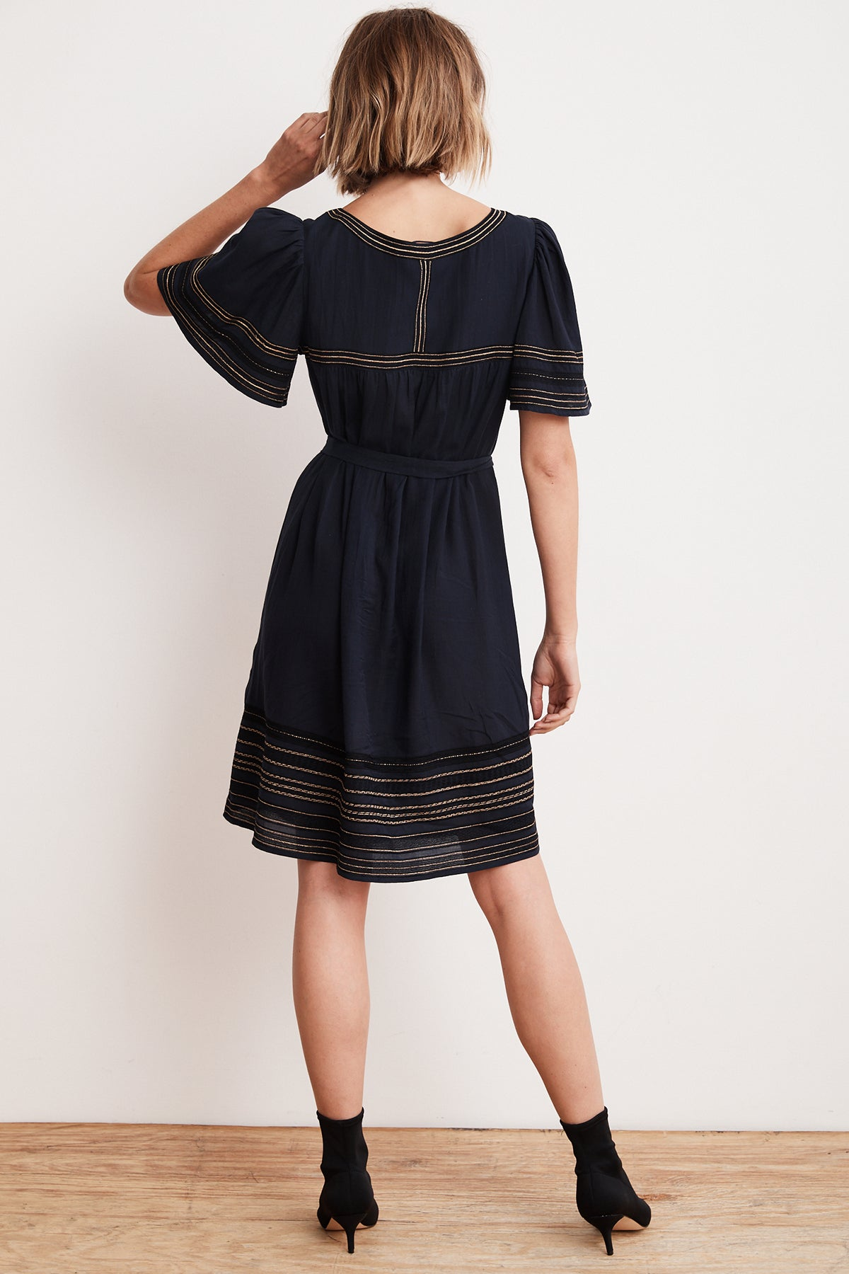 beatrix-lurex-embroidered-viscose-belted-dress-back