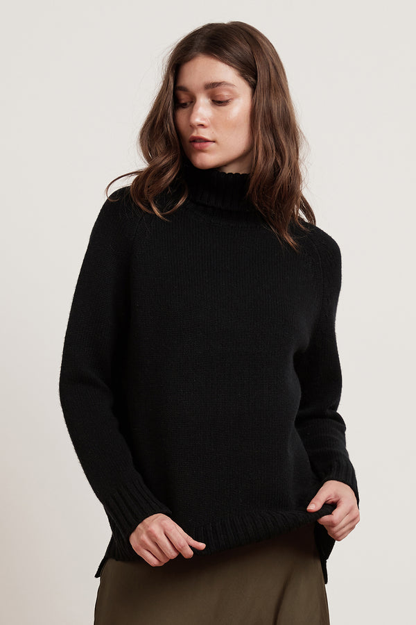 TARYN LUX CASHMERE BLEND TURTLENECK SWEATER
