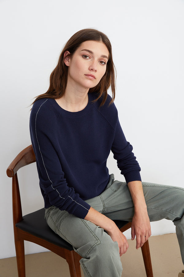 FINLEY CREW NECK SWEATER