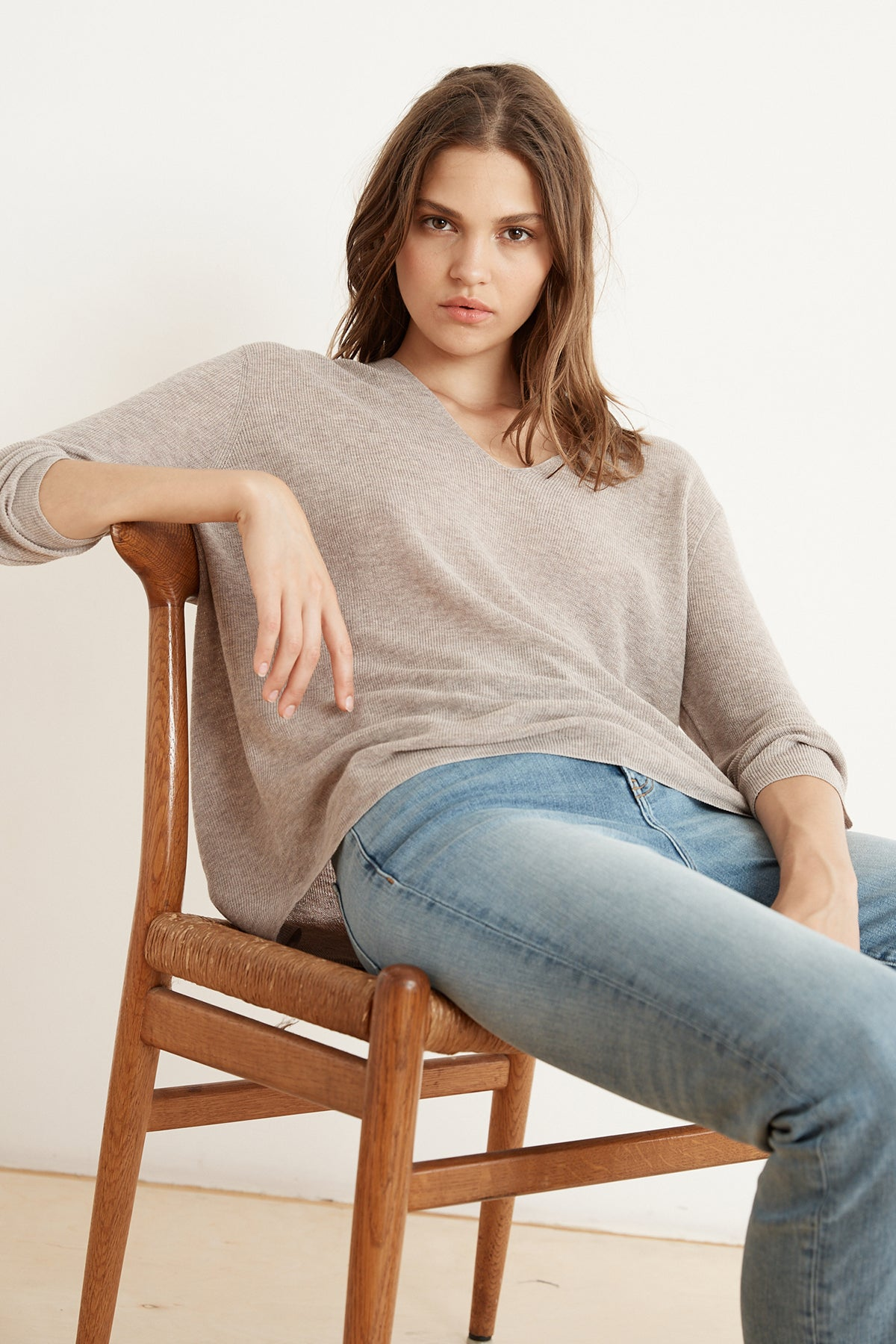 NANCY LUX COTTON  V-NECK KNIT TOP