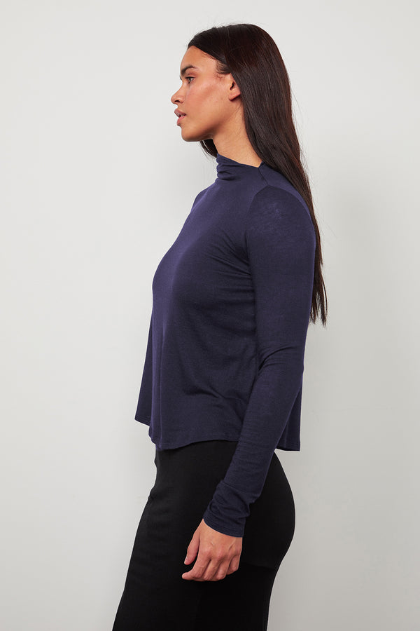 PAVLA MOCK NECK TOP