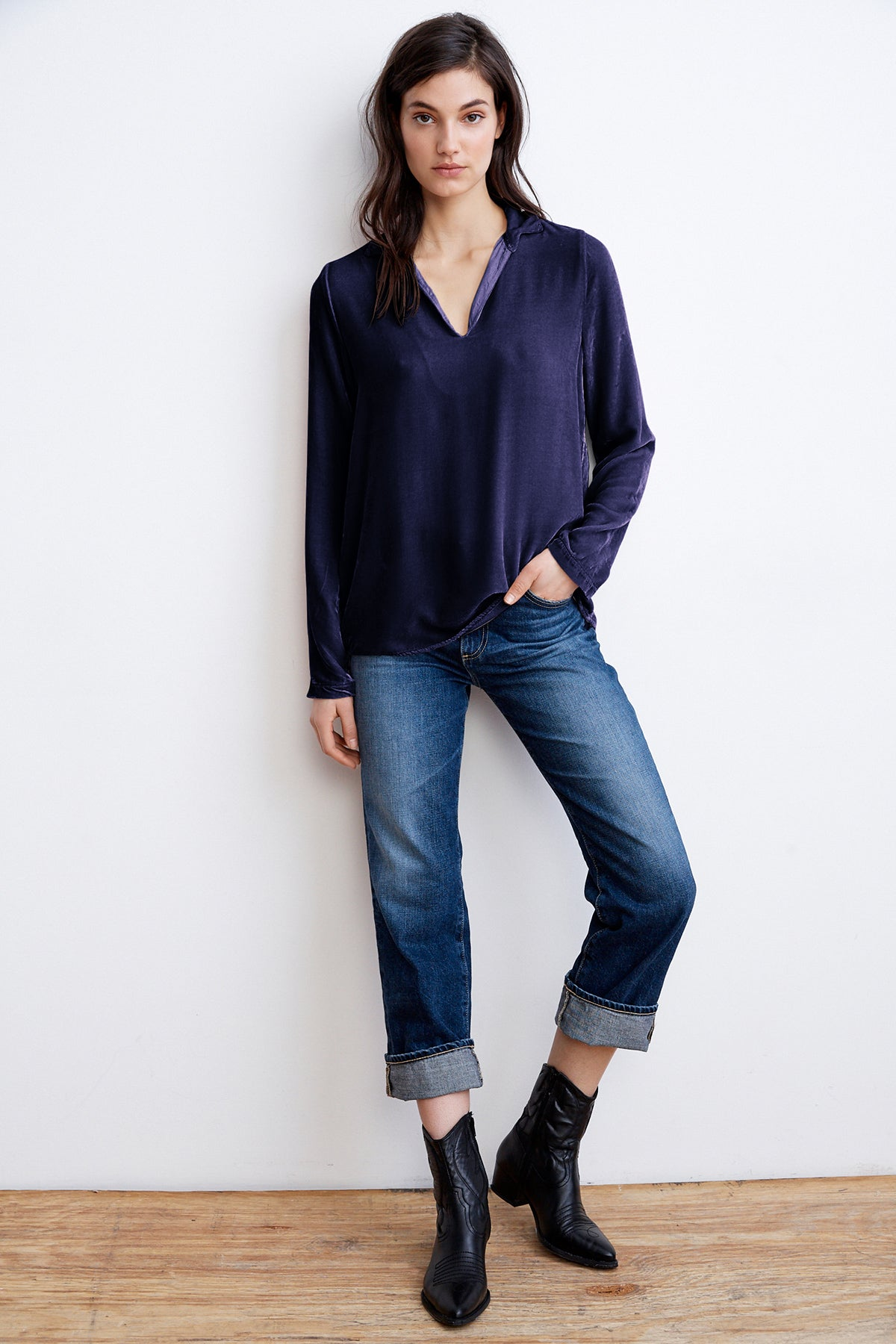 DALILI SILK VELVET COLLARED TOP