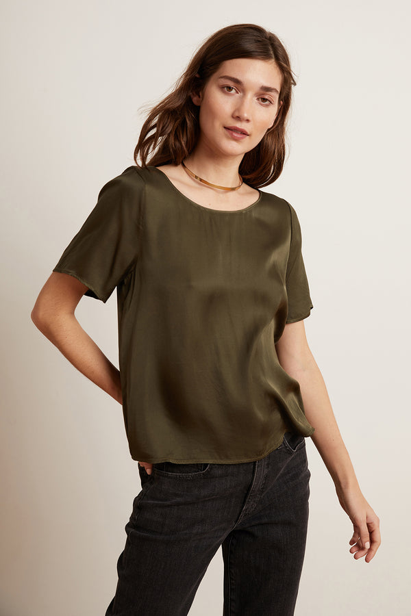 BELLA SATIN VISCOSE SHORT SLEEVE TOP