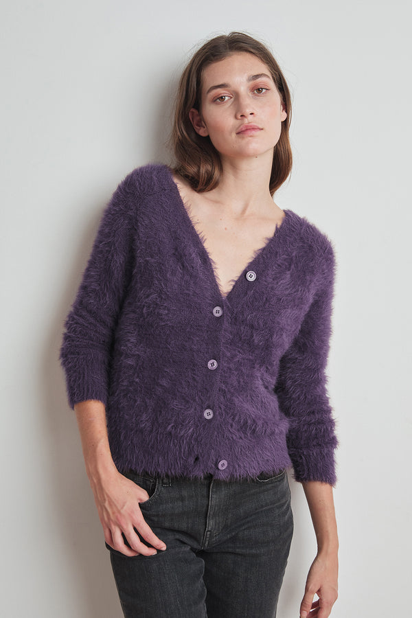 ELLE FEATHERED YARN CROPPED CARDIGAN
